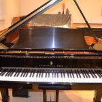 スタンウェイピアノ